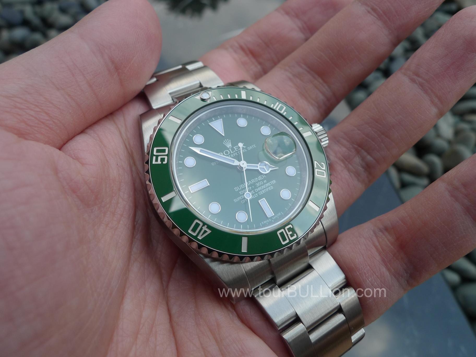 Rolex Submariner Green The rolex submariner greenRolex Submariner Green On Wrist