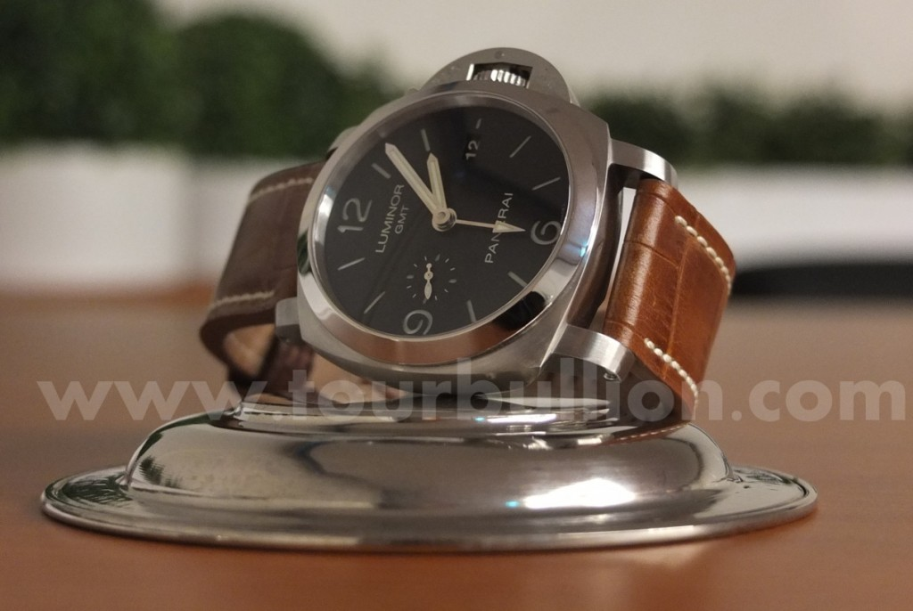 Panerai Pam 321: 3 Days GMT